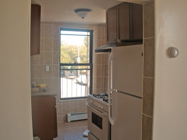 East new york 2 bedroom apartment for rent brooklyn crg3076 for Two bedroom apartments in brooklyn ny