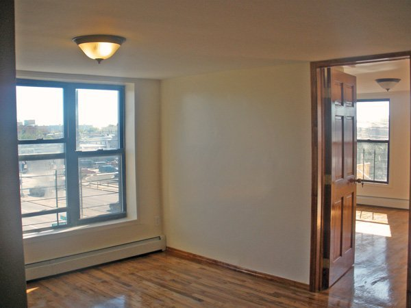 bedroom apartment for rent east new york crg3077