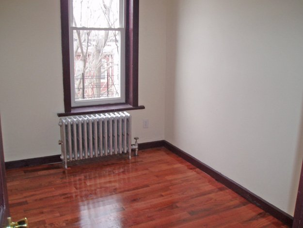 Bushwick 3 Bedroom Apartment For Rent Brooklyn CRG3082
