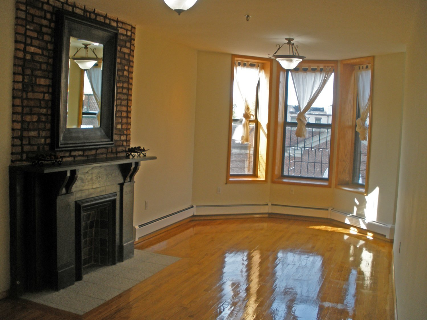 1br apt for rent crg3118