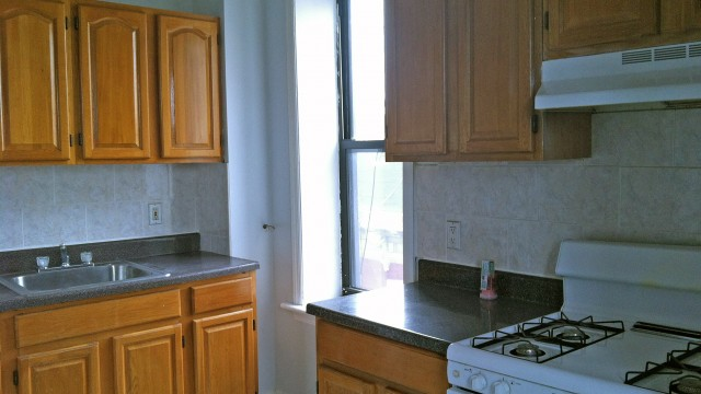 2 Bedroom Apartment For Rent Crown Heights CRG3120