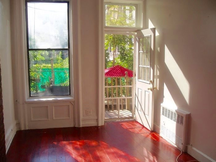 Bedford Ave 2BR Apt For Rent In Crown Heights CRG3154