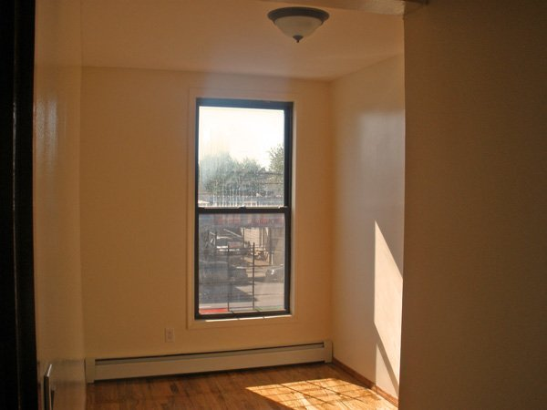 2 Br Apt For Rent At Corley Realty Group