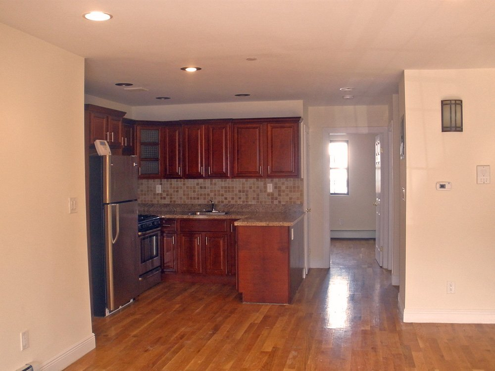 Bedford Stuyvesant 2 Bedroom Apartment For Rent Brooklyn Crg3050