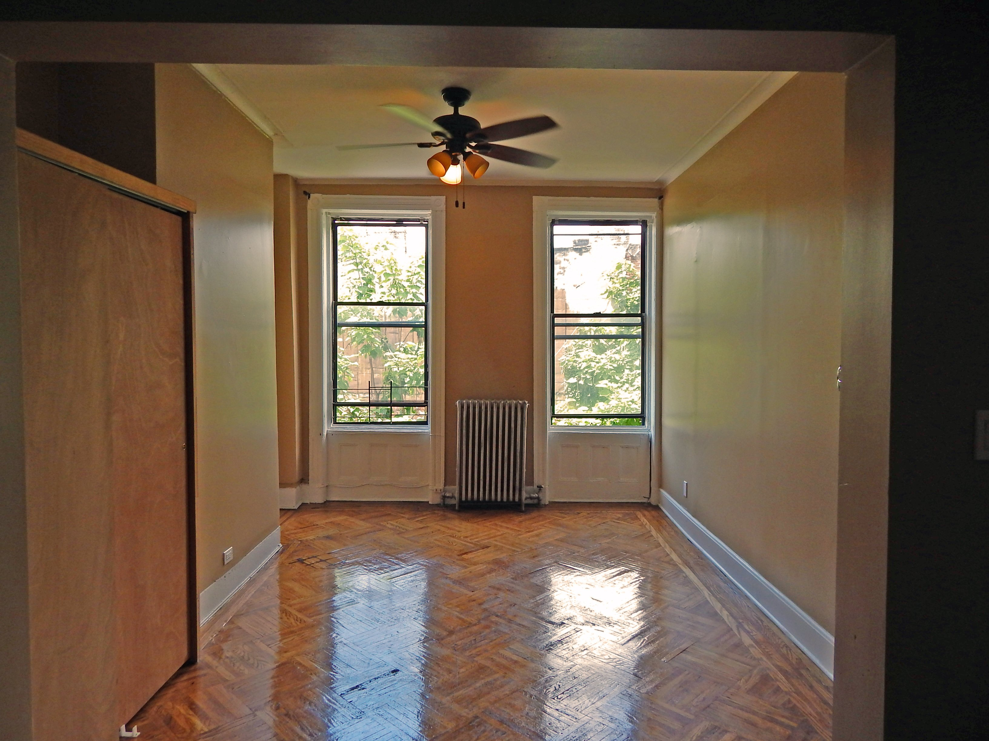 Stuyvesant ave 2br apt for rent in bed stuy brooklyn crg3124 for Two bedroom apt in bed stuy area