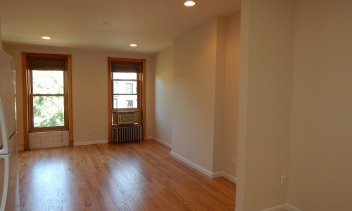 macon st 2br apt for rent in bed stuy crg3151