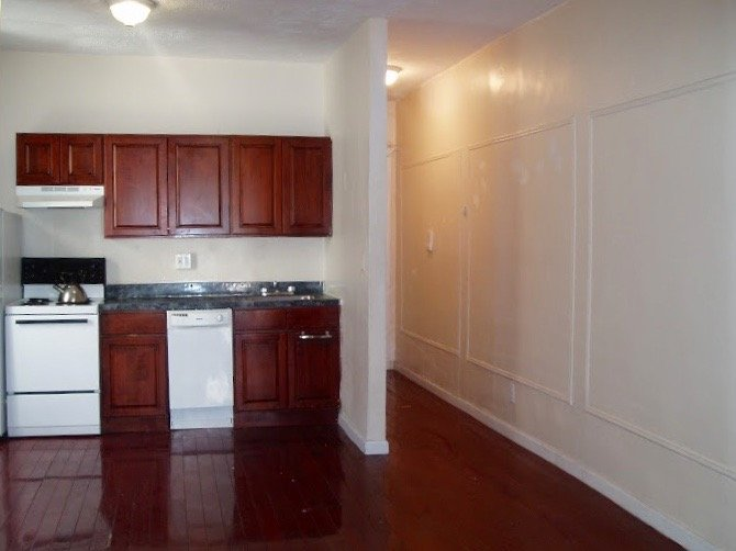 nostrand ave 3br apt for rent in crown heights crg3153-f