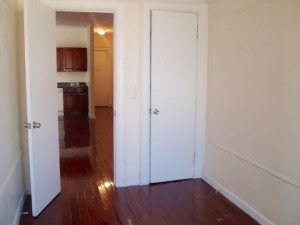 nostrand ave 3br apt for rent crg3153-d