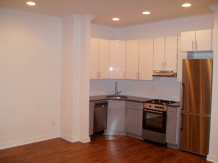 eastern pkwy 1 bedroom apt in crown heights at corley realty group crg3164