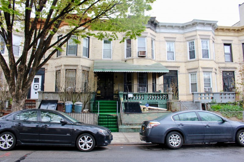 Sterling st townhouse for sale in prospect lefferts gardens crg1093 for Prospect lefferts gardens restaurants