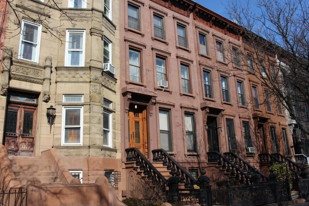 putnam ave townhouse in bed stay crg1102