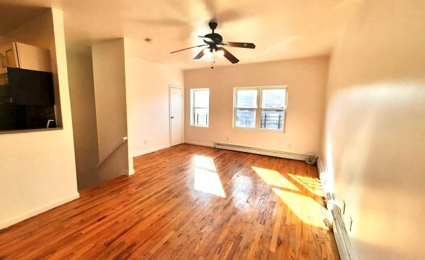 3BR Apt for rent at 655 Ashford St - CRG3230-A